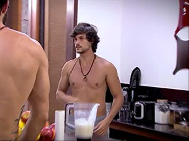 AYTOBR: Felipe vira o vilão da casa