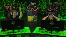 Drezzy e Malena jogam Warface no MTV ...