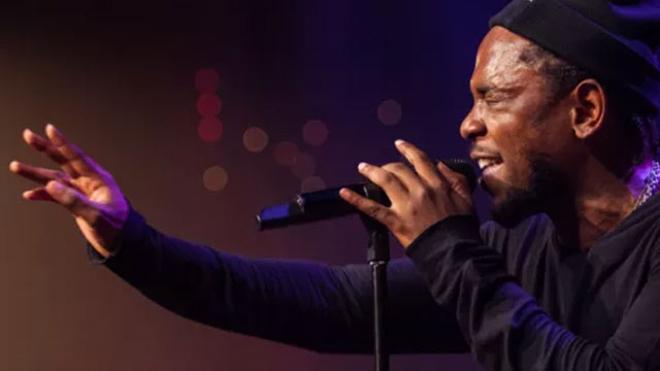 Kendrick Lamar lança álbum surpresa