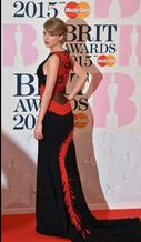 Os looks no tapete vermelho do Brit Awards 2015
