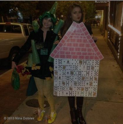 """Ranking das melhores fantasias de Halloween de Nina Dobrev - 4 - """"House Of Cards"""""""