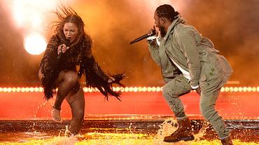 Beyoncé faz apresentação incrível