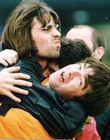 Oasis vai lançar reedição dos primeiros álbuns