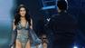 The Weeknd canta para Bella Hadid na passarela da Victoria's Secret